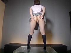 Shuffle dance nackt